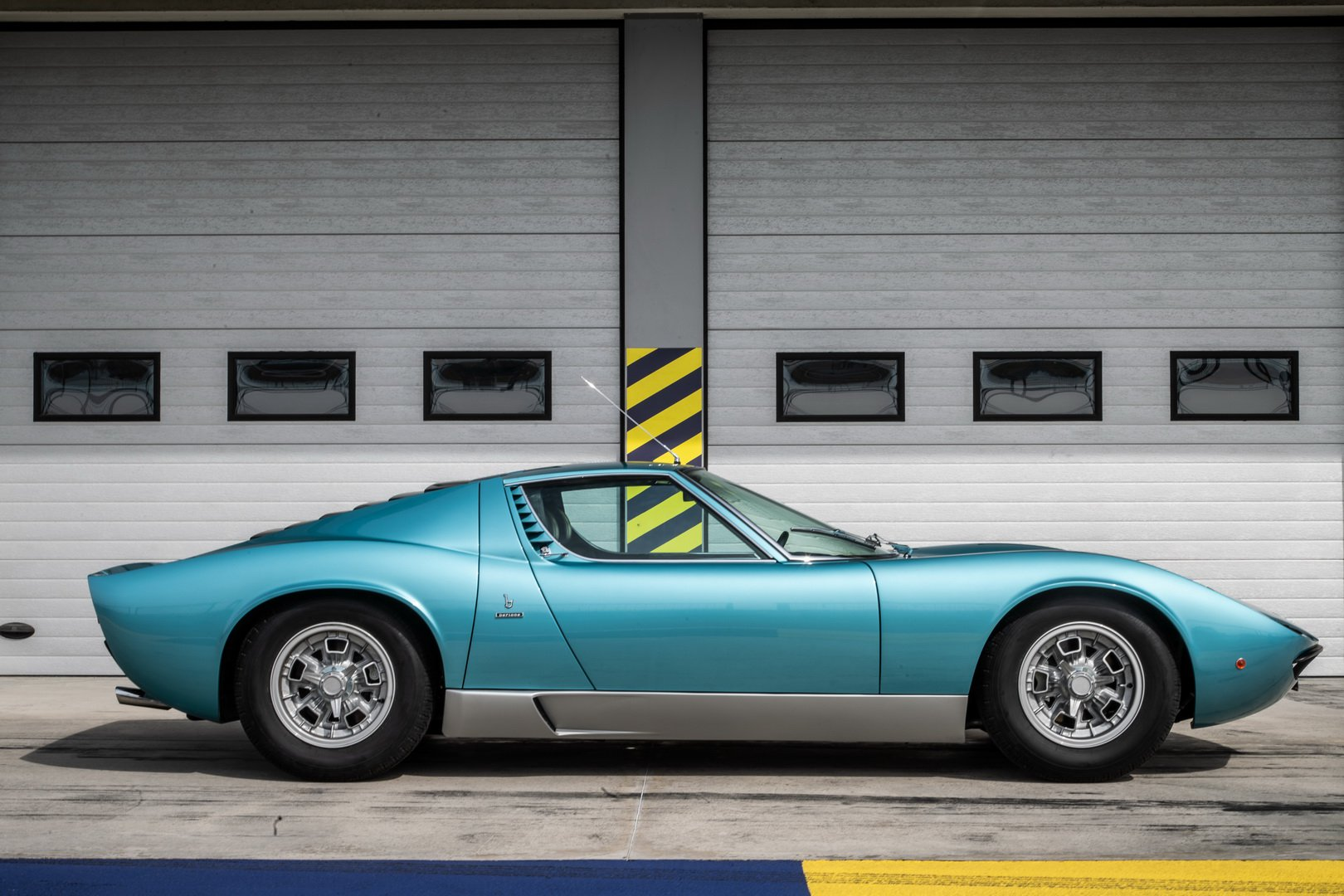 Index Of Wp Content Gallery 2019 Lamborghini Miura P400 S Azzurro