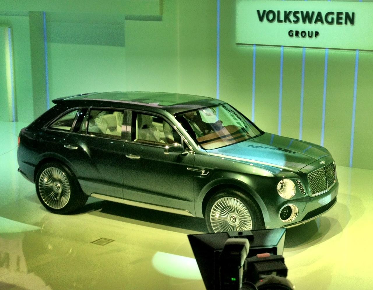 ί ή Suv Bentley Autoblog Gr