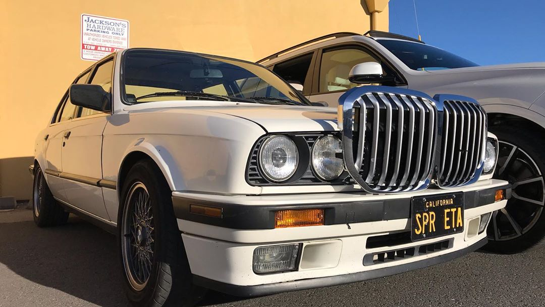 2017 - [BMW] X7 [G07] - Page 14 BMW-grille-swap-x7-e30-3-series-9