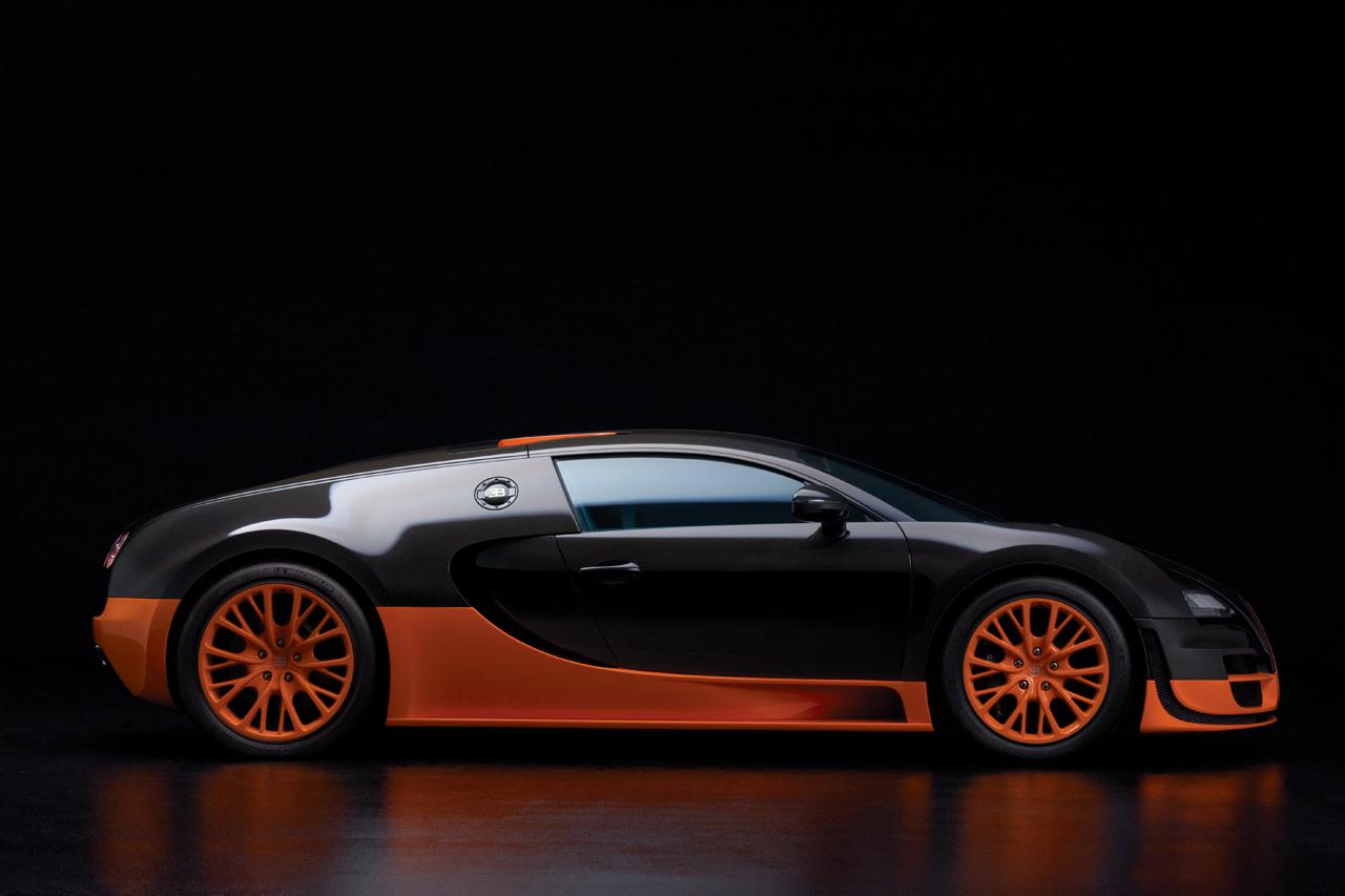 bugatti veyron 16 4 super sports 1200. Black Bedroom Furniture Sets. Home Design Ideas